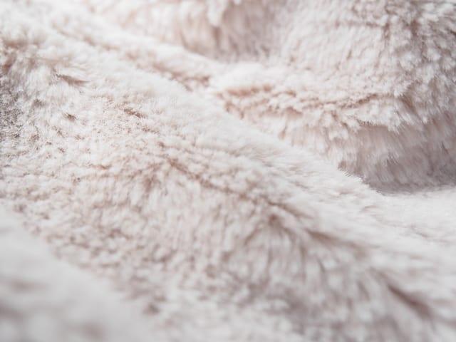 洗濯物に花粉が付着しないようにする対策方法とは?おすすめのグッズも説明