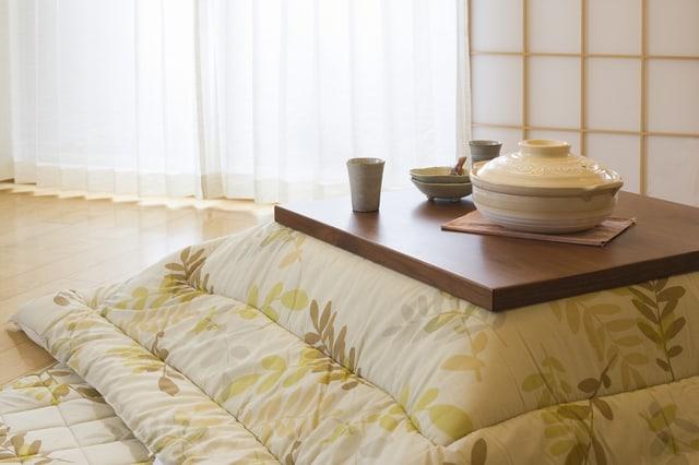 布団は部屋干しだけでもダニ・カビ対策ができる、専用乾燥機を使わずにできる裏技